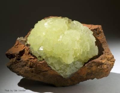 Propriétés et photos de la pierre adamite en lithothérapie et cristallothérapie