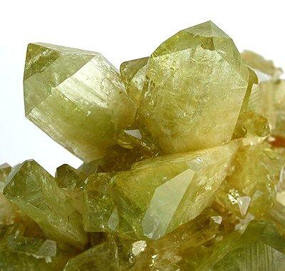 photo et propriétés de la pierre brasilianite