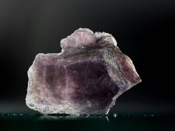 propriétés et photo pierre lépidolite en lithothérapie