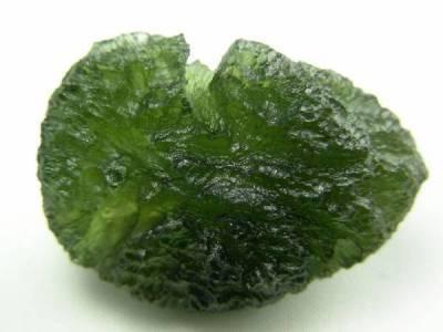 propriétés de la pierre moldavite en lithothérapie