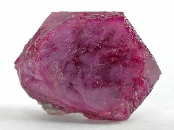 proprietes et photo pierre précieuse rubis