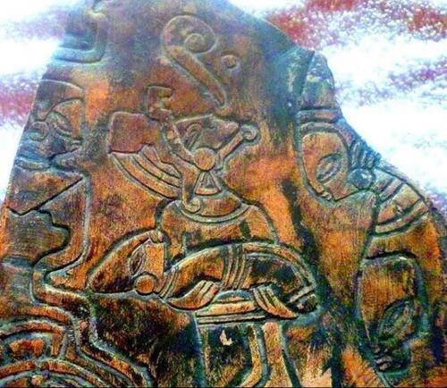 découverte de pierres gravées représentants des extra terrestres
