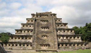 El Tajín : La Cité perdue d'un peuple mystérieux