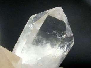 Comment choisir vos pierres et cristaux pour la lithothérapie