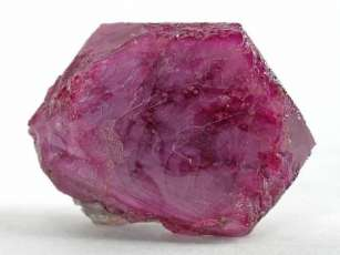 07 - Rubis - pierre de naissance du mois de Juillet